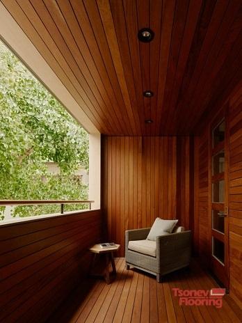 Дървени стенни ламперии