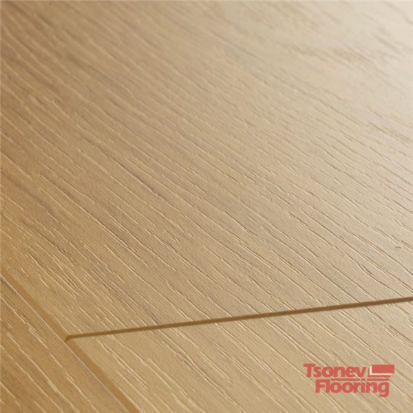 Natural varnished oak LPU1284