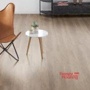 nastilka-egger-epd003-interior